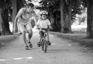 Обучение-езде-на-велосипеде